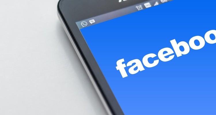 kaj je facebook